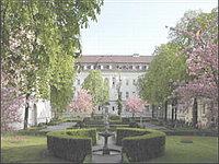 Кардиологическая клиника - Берлин - внутренний дворик клиники